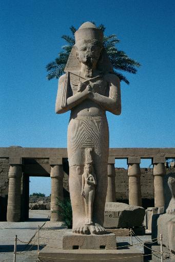 Colossus of Ramesis II, Karnak